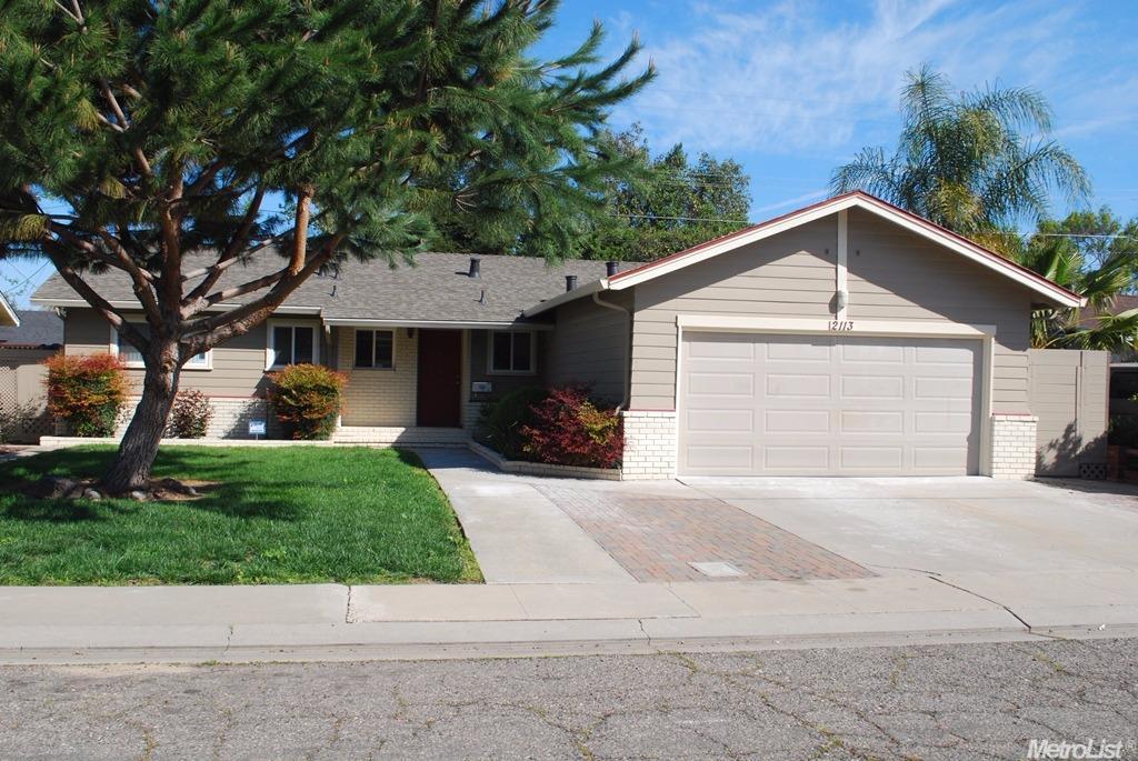 2113 Shaw Ave, Modesto, CA