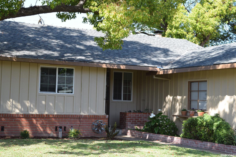 1965 63rd Ave, Sacramento, CA 95822