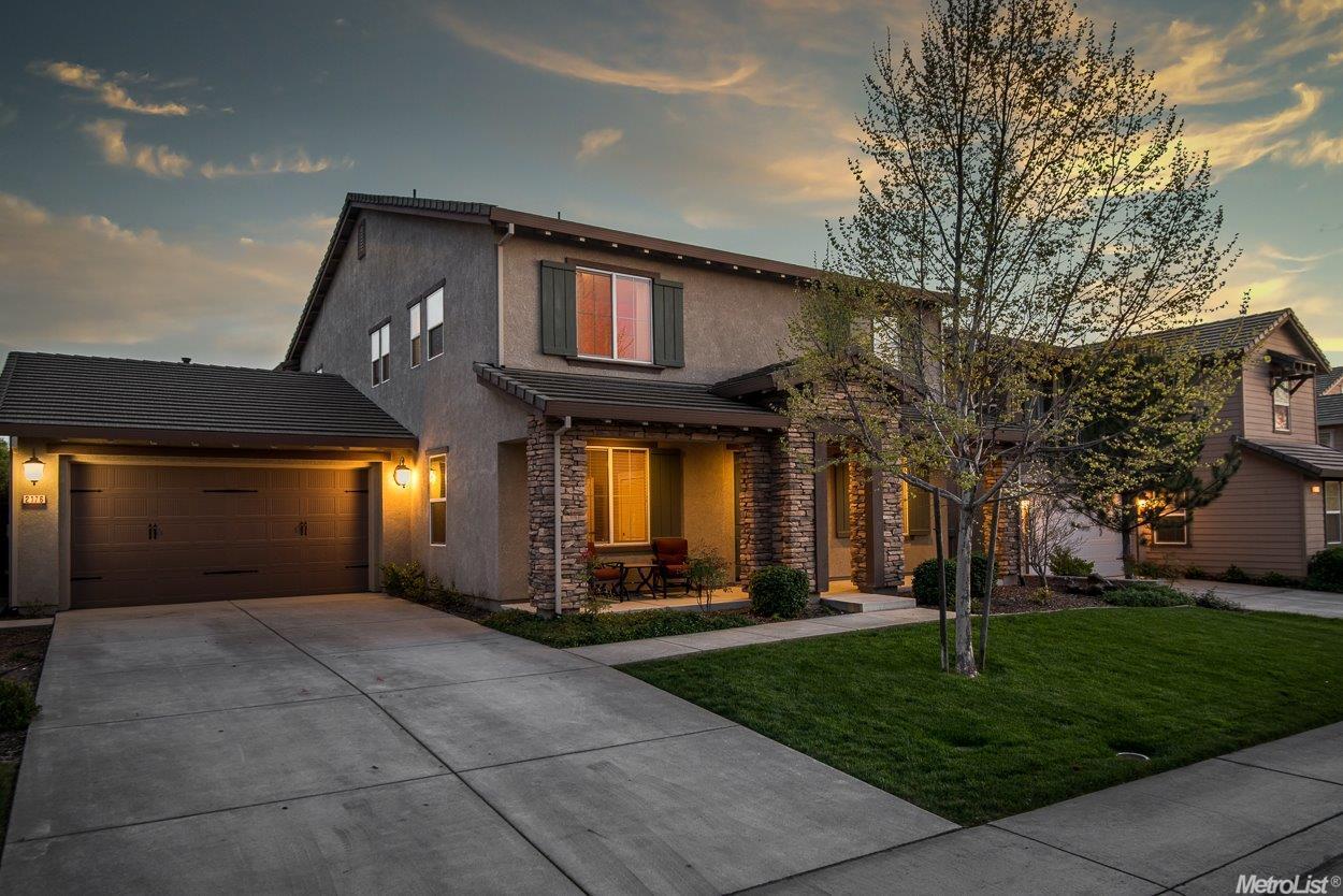 2176 Red Setter Rd, Rocklin, CA