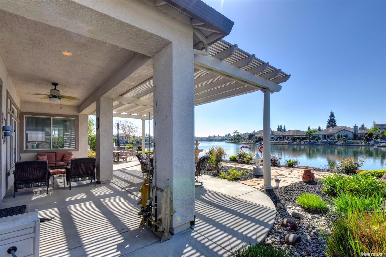 9544 Crystal Bay Ln, Elk Grove, CA