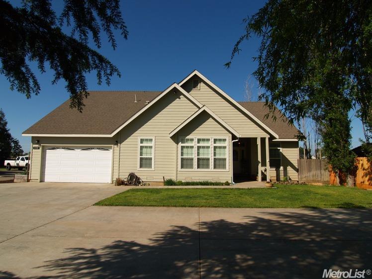 853 I St, Hickman, CA