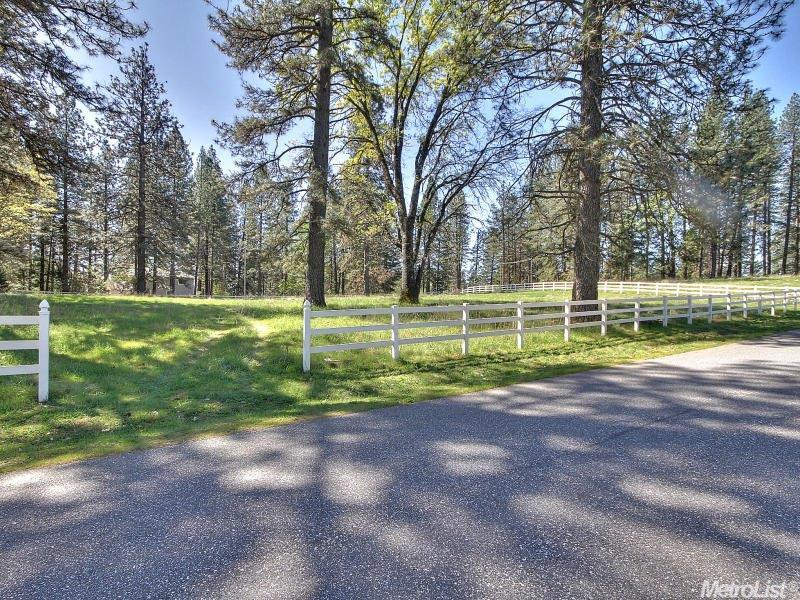 10127 Evergreen Ranch Court, Grass Valley, CA 95949