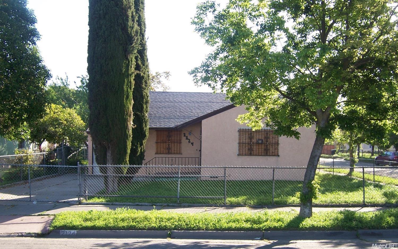 2124 S California St, Stockton, CA