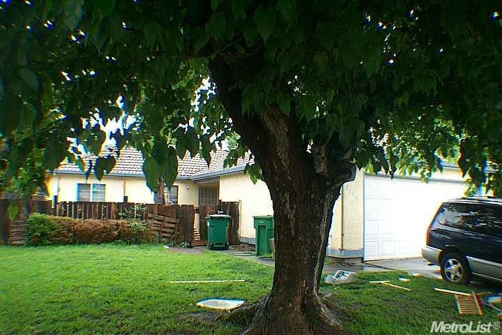 2149 Knickerbocker Dr, Stockton, CA