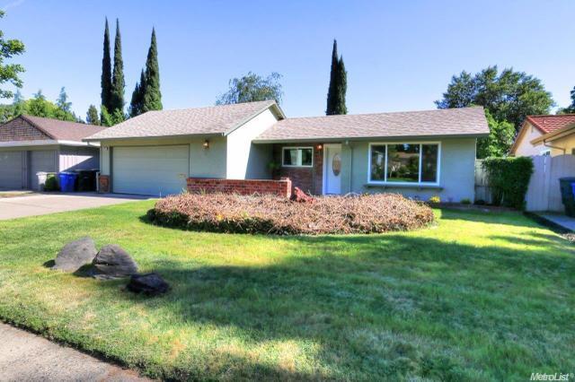 8144 La Riviera Dr, Sacramento, CA