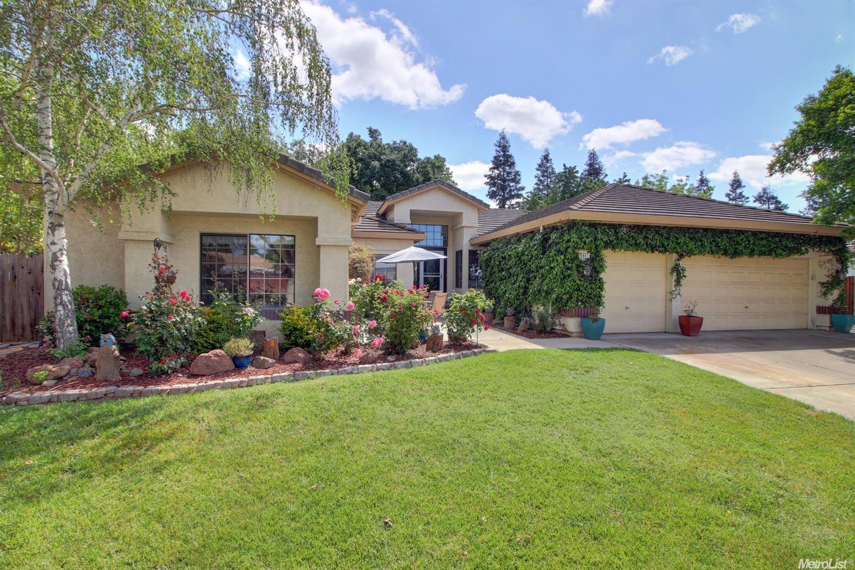 8941 Royal Gate Way, Elk Grove, CA