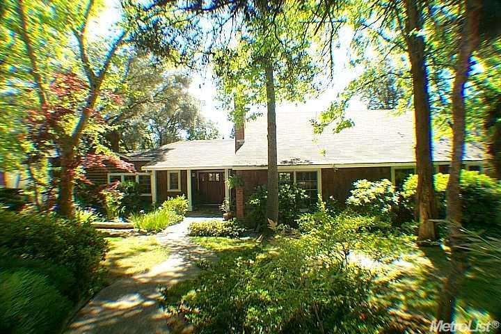 8474 Jomar Ln, Fair Oaks, CA