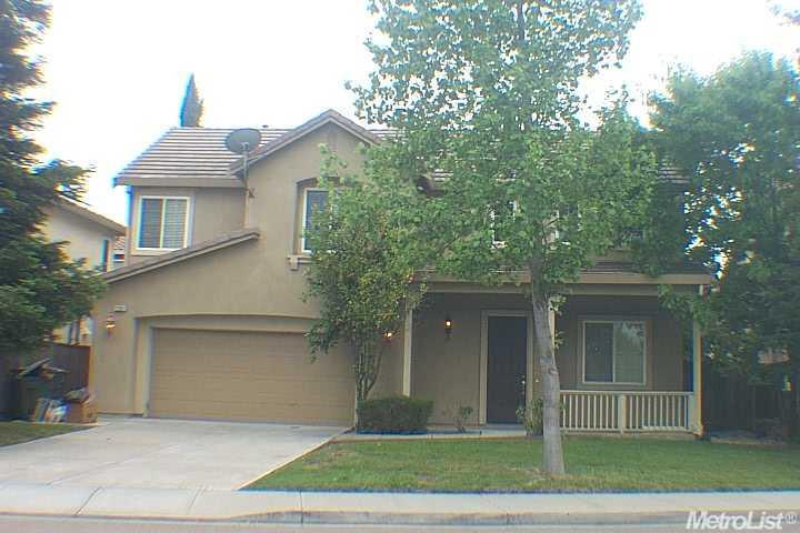 2168 Golden Leaf Ln, Tracy, CA