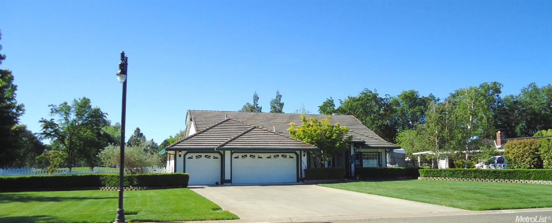 1484 Fairway Dr, Olivehurst, CA