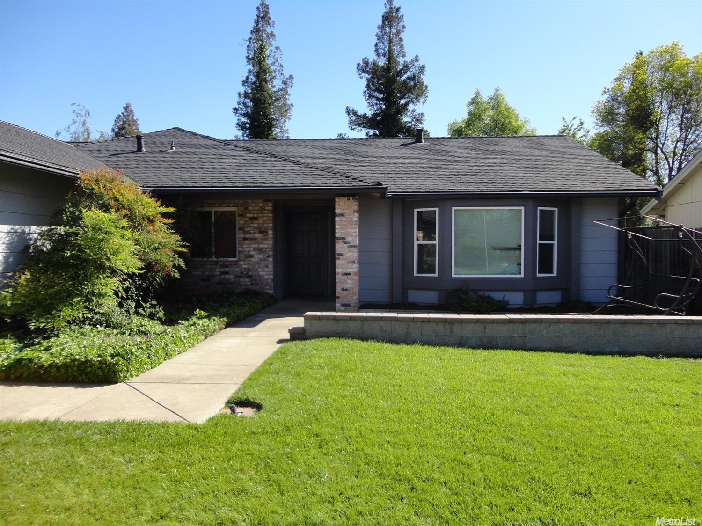 6916 Autumn Grove Way, Elk Grove, CA