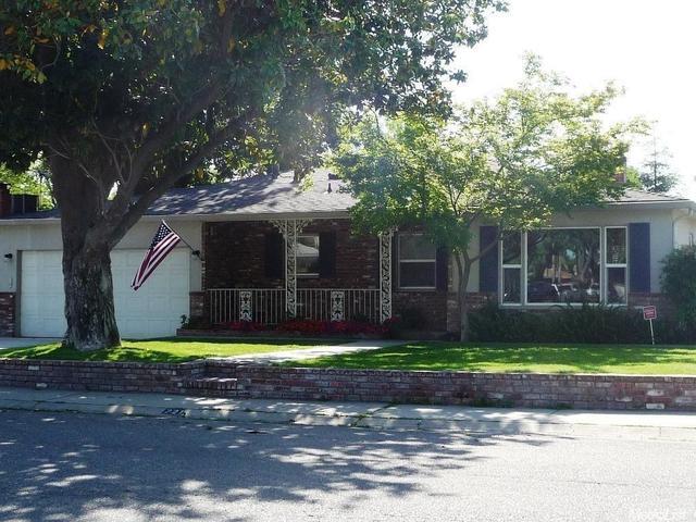 221 Colfax Ave, Modesto, CA