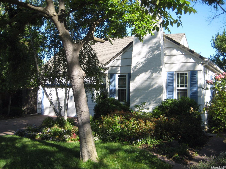 111 W Monterey Ave, Stockton, CA