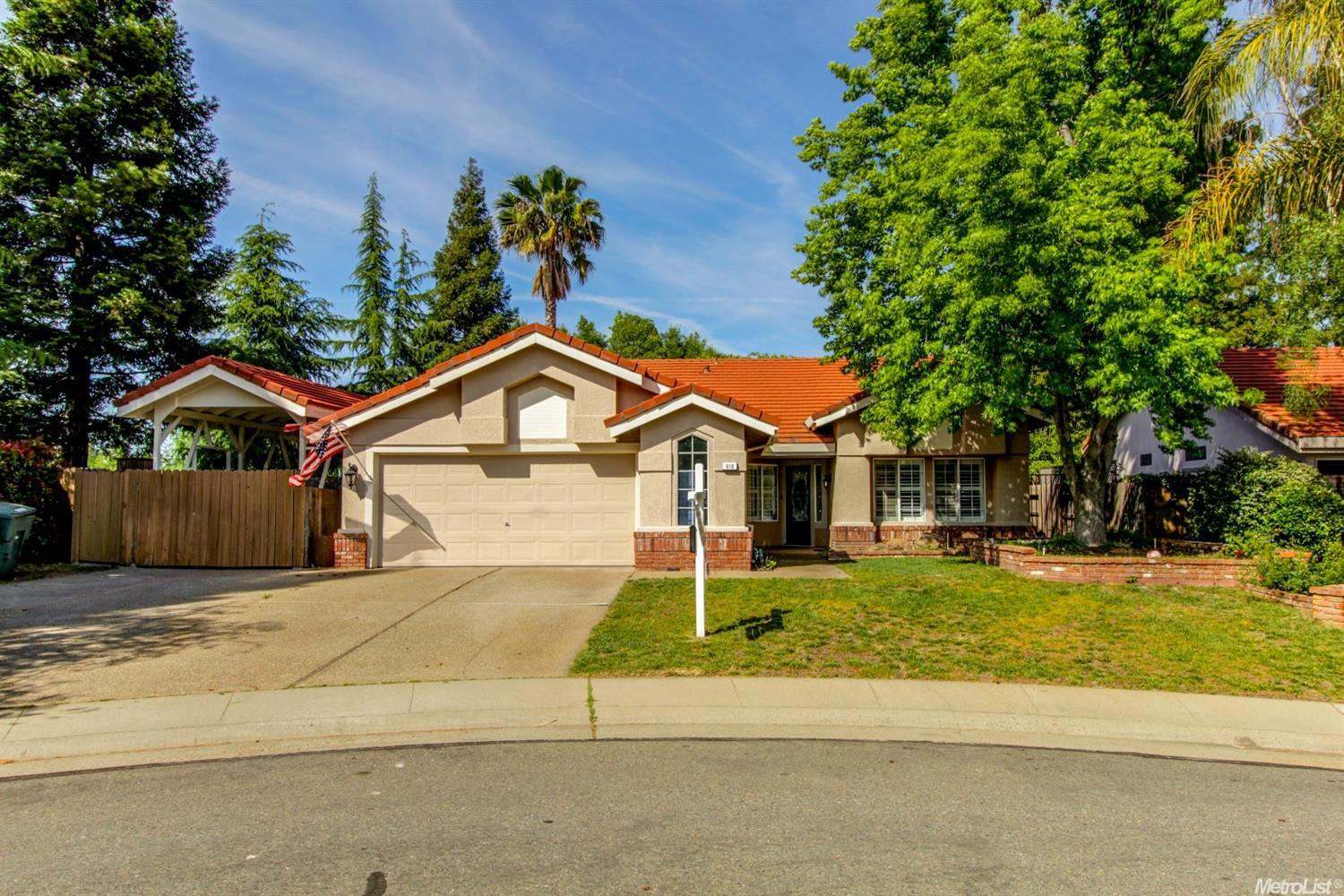 918 Connell, Roseville, CA