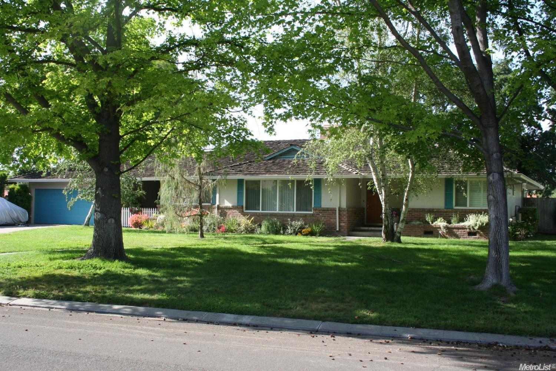 2455 Estate Dr, Stockton, CA