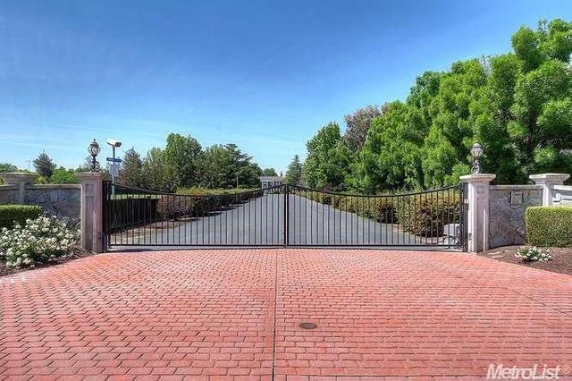 8327 Park Pl, Tracy, CA
