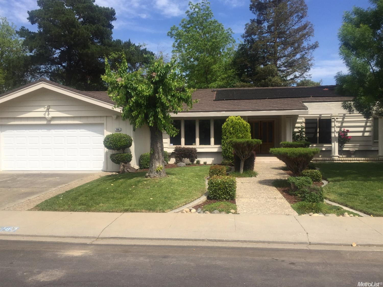 916 Foxcroft Ln, Modesto, CA
