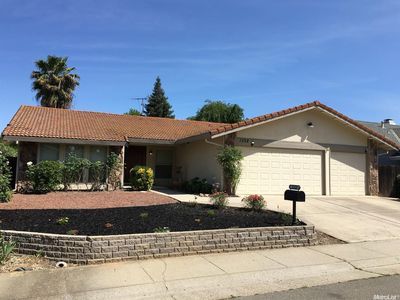 1328 Stonebridge Way, Roseville, CA