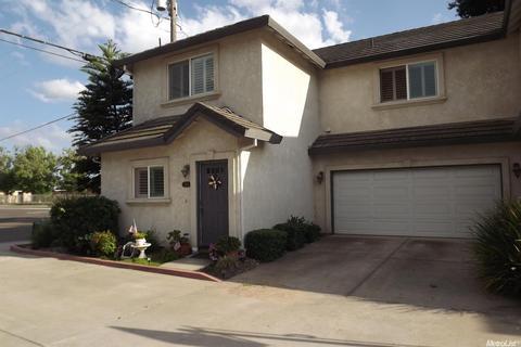 1307 Lilac St, Lodi, CA 95242