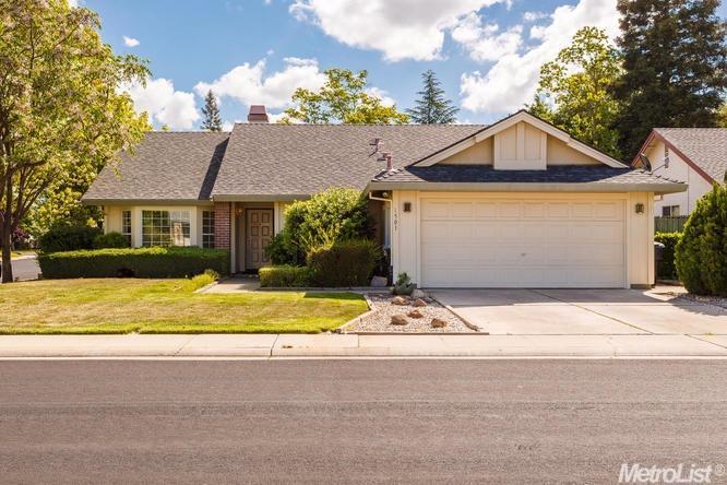 1501 Deerfield Cir, Roseville, CA