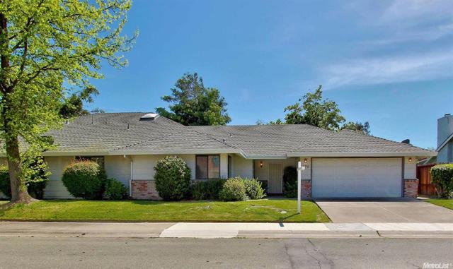 470 Twin River Way, Sacramento CA 95831