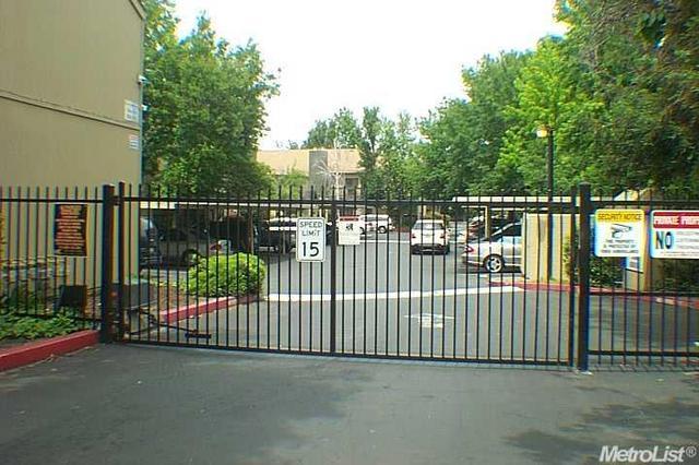 3939 Madison Ave #APT 243, North Highlands, CA