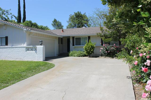 8563 La Riviera Dr, Sacramento, CA