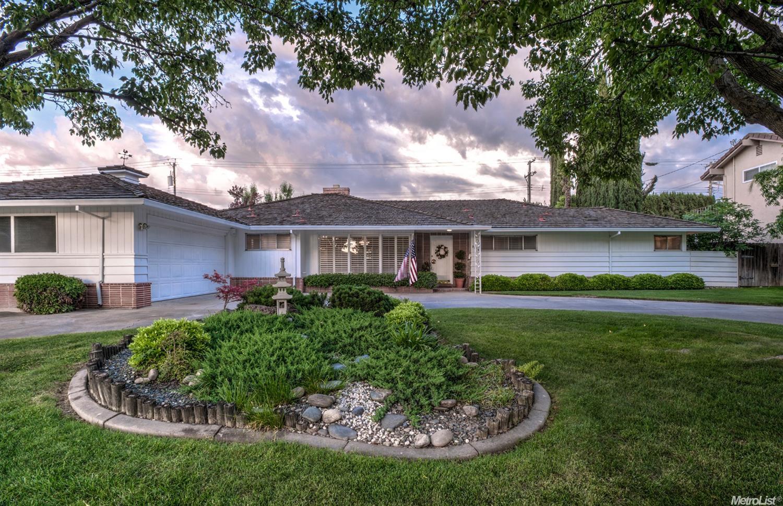 9673 Melrose Ave, Elk Grove, CA