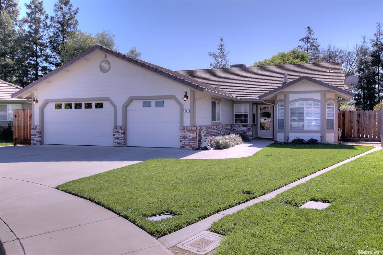 386 Pamona St, Waterford, CA