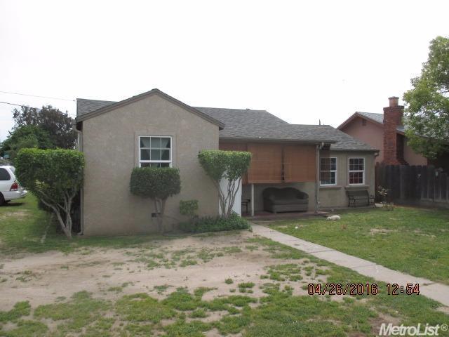 240 E Edison Street, Manteca, CA 95336