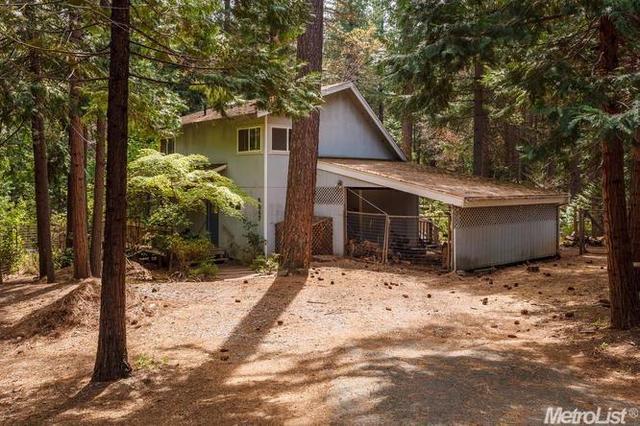 5647 Lupin Ln, Pollock Pines, CA