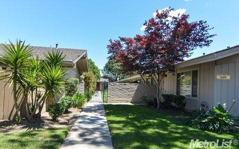 617 W Granger Ave #APT 19, Modesto, CA