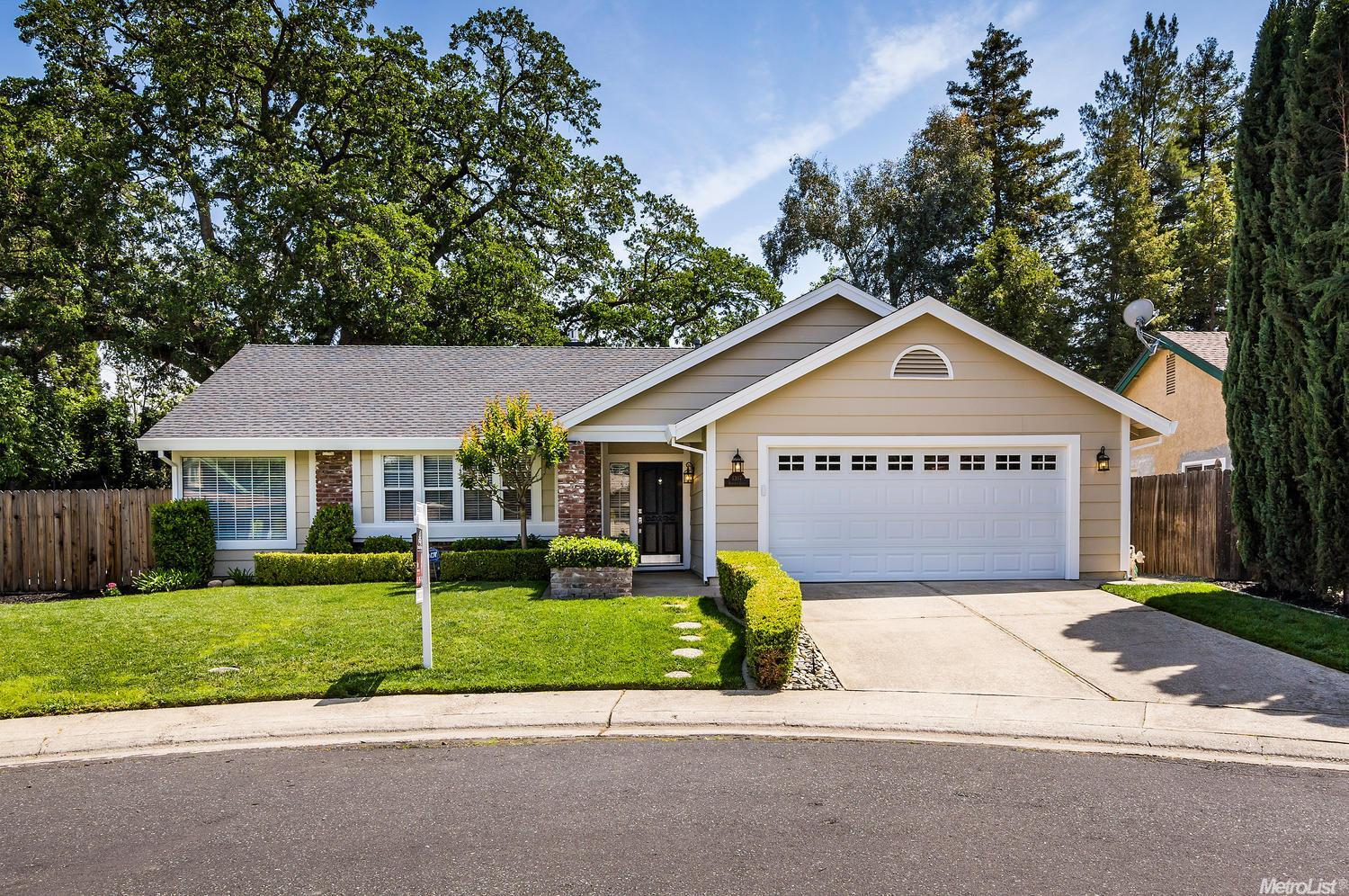 1307 Norwich Ct, Roseville, CA