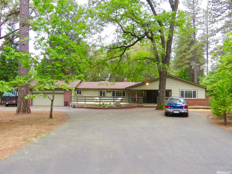 5866 Silverleaf Dr, Foresthill, CA