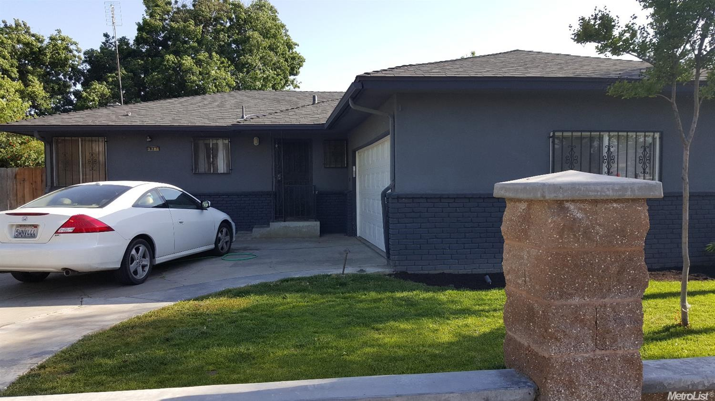 3786 E Clay, Fresno, CA