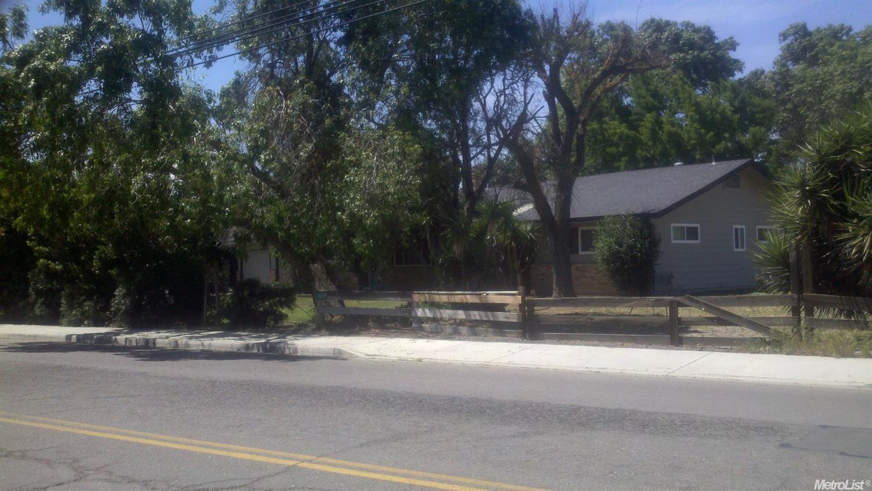 16429 Center Ave, Los Banos, CA 93635