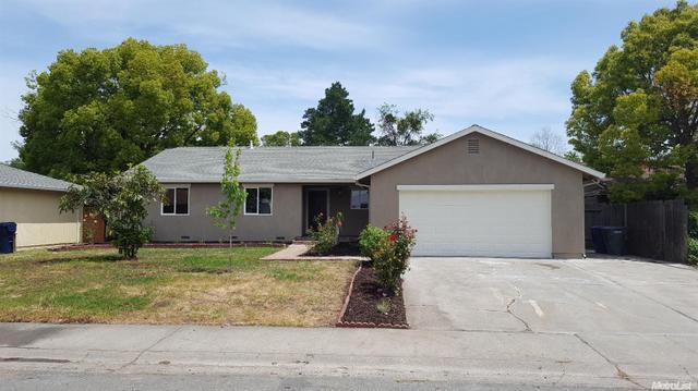 6811 Demaret Dr, Sacramento, CA