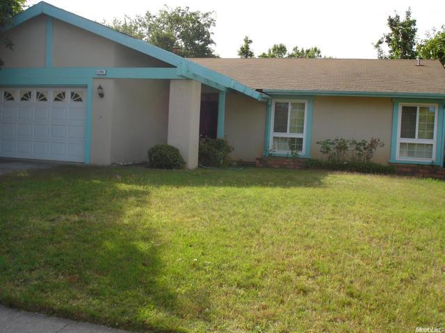 2791 Bradshaw Rd, Sacramento, CA 95827