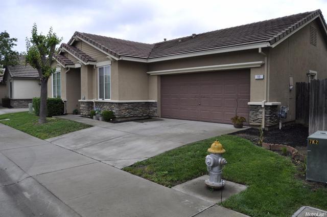 11 Sun Reign Pl, Sacramento, CA 95823