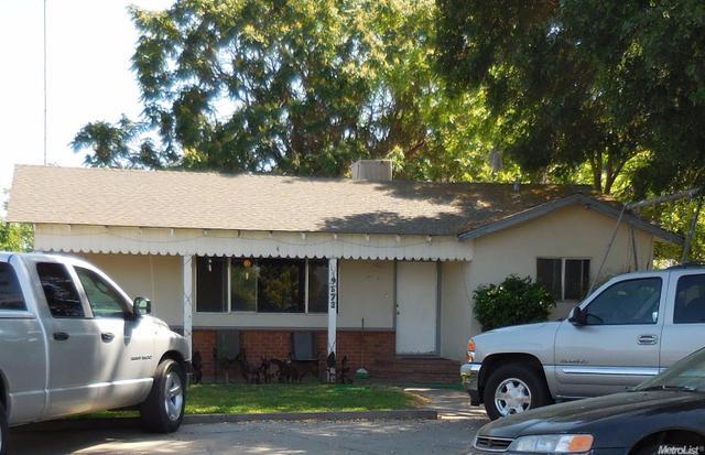 9573 Haskell St, Planada, CA 95365