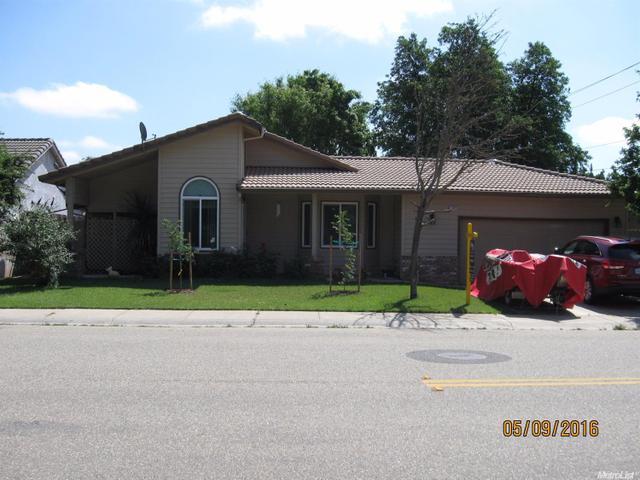 1099 Raven Brook Dr, Galt, CA