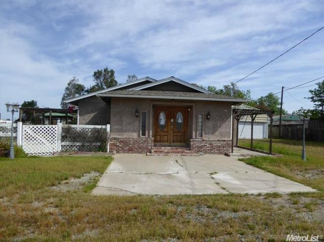 10419 Alvarado Rd, Oakdale, CA 95361
