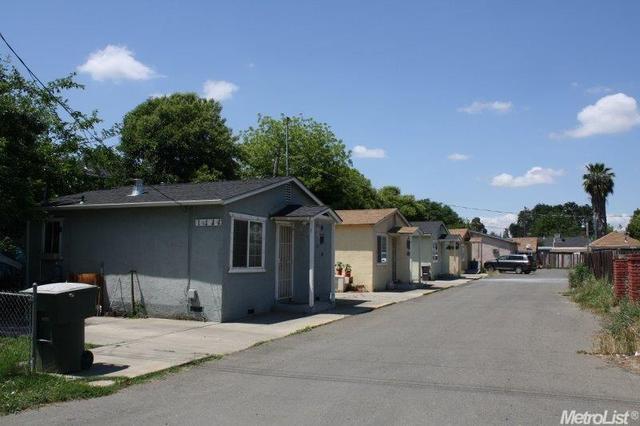 1111 Holly Ave, Olivehurst, CA 95961