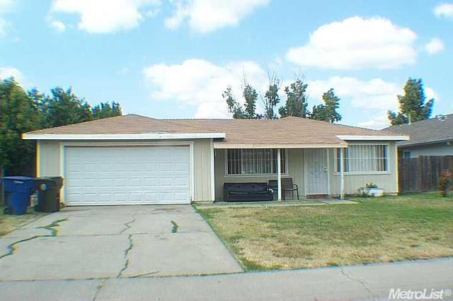 2617 SE Edinger Ave, Sacramento, CA