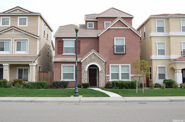 10616 Siskiyou Ln, Stockton, CA 95209