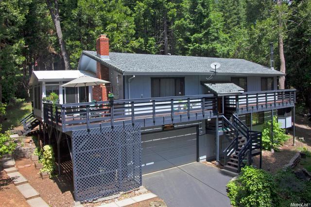 7063 Lakewood Dr, Pollock Pines, CA