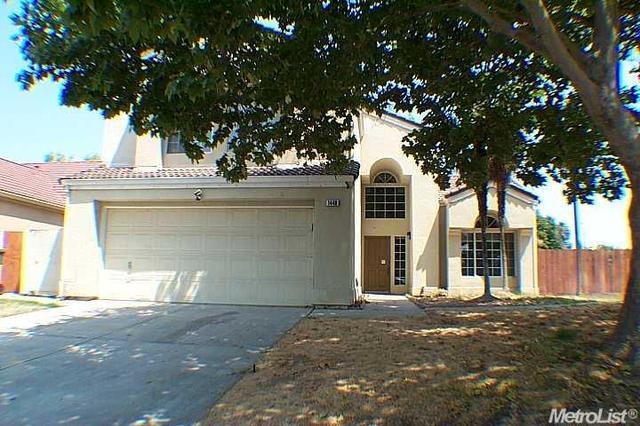 1440 Edgewater Dr, Turlock, CA 95380
