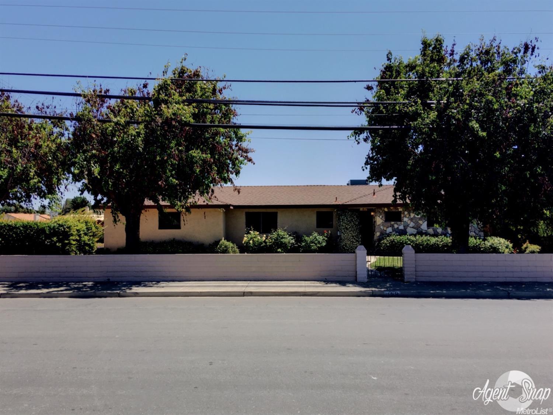 156 North St, Los Banos, CA 93635