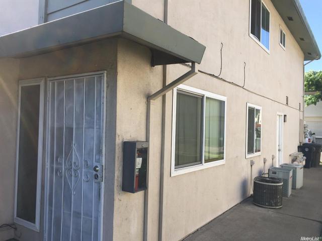 6517 Greenback Ln, Citrus Heights, CA