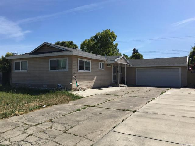 7479 Red Willow St Sacramento, CA 95822