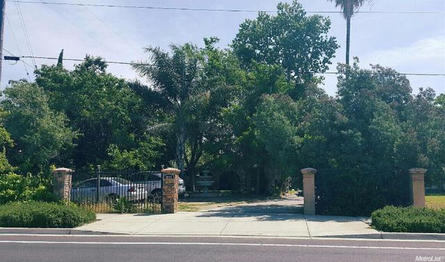 8691 E Stockton Blvd, Elk Grove, CA